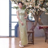 Elegant Light Green Brocade Maxi Cheongsam (Size XXL) 1013-52 淡雅淺綠織錦緞長旗袍