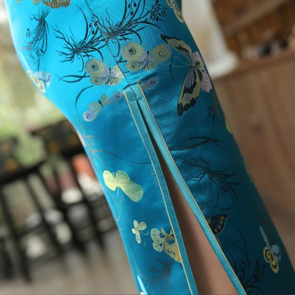 Butterfly Brocade Turquoise Cheongsam 1018-74 優雅彩蝶織錦緞湖藍旗袍