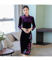 Vintage Embroidery Purple Red Velvet Midi Cheongsam 1312-85
