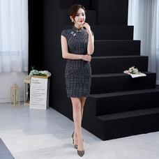 Vintage Black Plaid Short Qipao 2404-99 文藝格子黑色旗袍